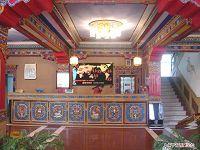西藏罗林酒店酒店大厅